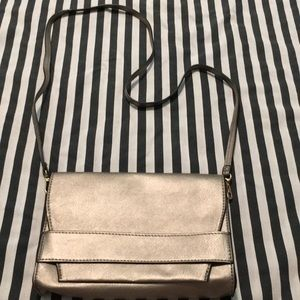 Summer & Rose Purse - LIke New